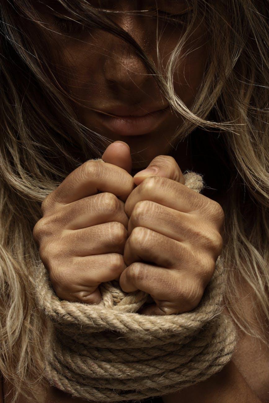 Violenza e odio: lati oscuri dono di Dio. | Tiziano Solignani