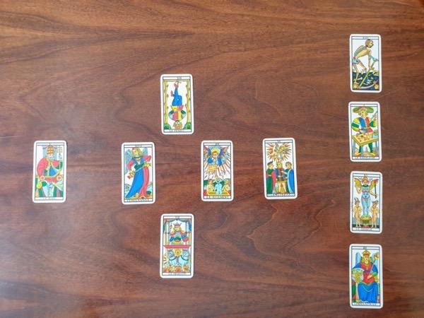 stesa con lo schema delle 10 carte